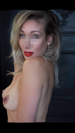 Oreline adult dating in Steamboat Springs